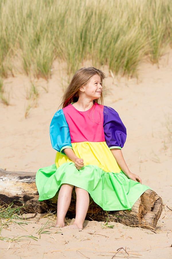 Lola beach sitting